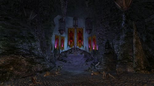 Brigand Cave Skunkwood Throne.jpg