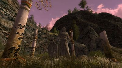 Elven statue on the banks of the Lhûn